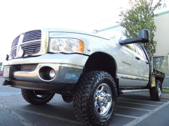 2004 Dodge Ram 3500 Laramie FLAT BED 4X4 / 5.9L Cummins DIESEL 6-SPEED - Photo 9 - Portland, OR 97217
