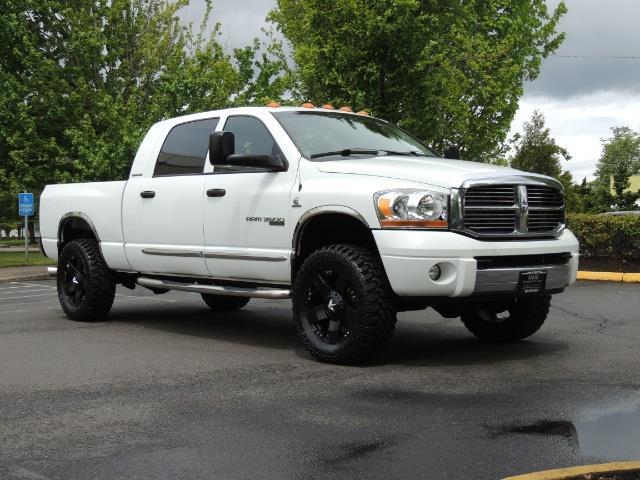 2006 Dodge Ram 3500 Laramie MegaCab / 4X4 /5.9L DIESEL/ EXHAUST BRAKE - Photo 2 - Portland, OR 97217