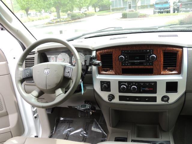 2006 Dodge Ram 3500 Laramie MegaCab / 4X4 /5.9L DIESEL/ EXHAUST BRAKE - Photo 18 - Portland, OR 97217