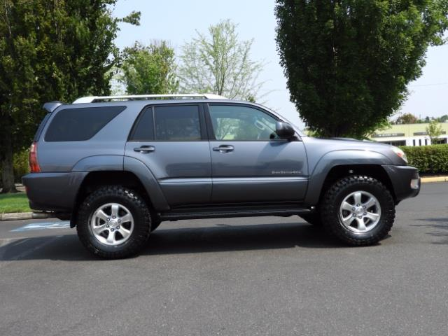 2005 Toyota 4Runner SPORT Edition / 4WD / DIFF LOCK / LIFTED !!! - Photo 3 - Portland, OR 97217