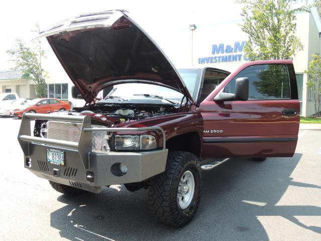 2001 Dodge Ram 2500 SLT 4dr / 4X4 / 5.9L DIESEL / 6-SPEED / LIFTED - Photo 25 - Portland, OR 97217