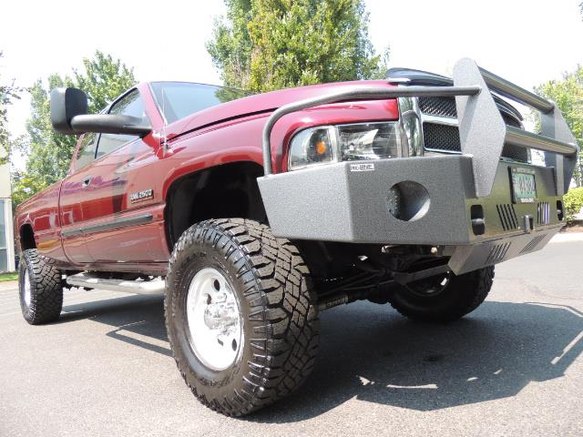 2001 Dodge Ram 2500 SLT 4dr / 4X4 / 5.9L DIESEL / 6-SPEED / LIFTED - Photo 12 - Portland, OR 97217