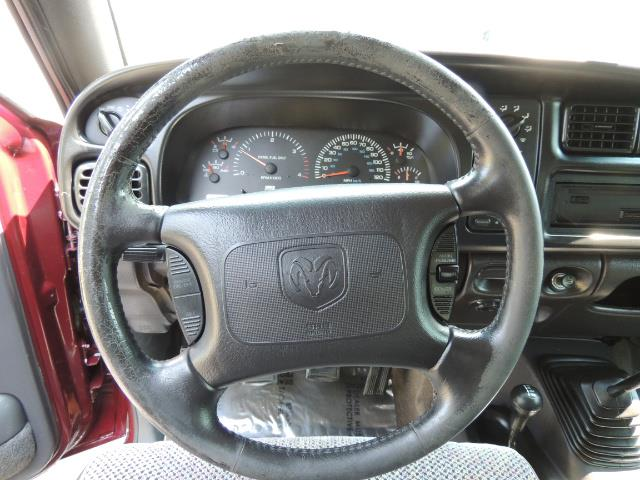 2001 Dodge Ram 2500 SLT 4dr / 4X4 / 5.9L DIESEL / 6-SPEED / LIFTED - Photo 17 - Portland, OR 97217
