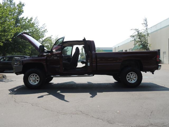 2001 Dodge Ram 2500 SLT 4dr / 4X4 / 5.9L DIESEL / 6-SPEED / LIFTED - Photo 27 - Portland, OR 97217