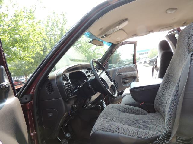 2001 Dodge Ram 2500 SLT 4dr / 4X4 / 5.9L DIESEL / 6-SPEED / LIFTED - Photo 13 - Portland, OR 97217