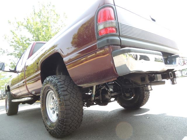 2001 Dodge Ram 2500 SLT 4dr / 4X4 / 5.9L DIESEL / 6-SPEED / LIFTED - Photo 10 - Portland, OR 97217