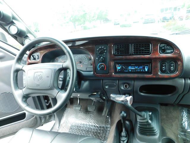 2002 Dodge Ram 2500 SLT Plus 4dr / 4X4 / Leather / 5.9L DIESEL / 6-SPD - Photo 18 - Portland, OR 97217