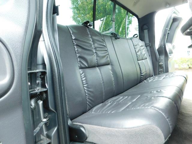 2002 Dodge Ram 2500 SLT Plus 4dr / 4X4 / Leather / 5.9L DIESEL / 6-SPD - Photo 16 - Portland, OR 97217