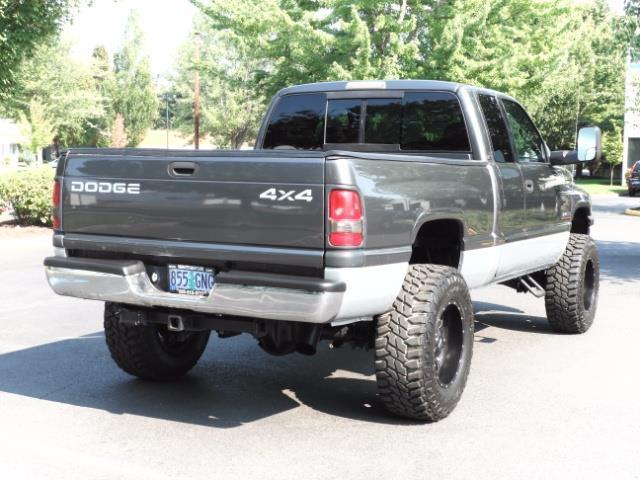 2002 Dodge Ram 2500 SLT Plus 4dr / 4X4 / Leather / 5.9L DIESEL / 6-SPD - Photo 54 - Portland, OR 97217