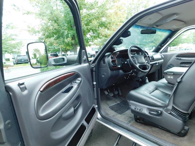 2002 Dodge Ram 2500 SLT Plus 4dr / 4X4 / Leather / 5.9L DIESEL / 6-SPD - Photo 13 - Portland, OR 97217