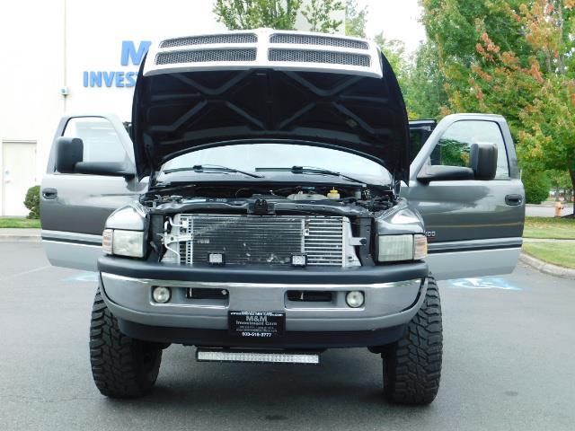2002 Dodge Ram 2500 SLT Plus 4dr / 4X4 / Leather / 5.9L DIESEL / 6-SPD - Photo 32 - Portland, OR 97217