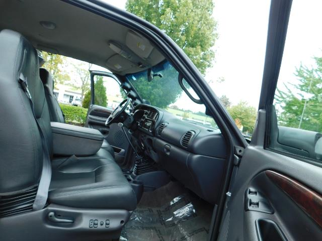 2002 Dodge Ram 2500 SLT Plus 4dr / 4X4 / Leather / 5.9L DIESEL / 6-SPD - Photo 17 - Portland, OR 97217