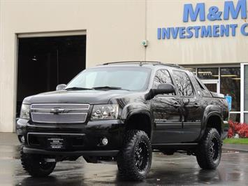 2013 Chevrolet Avalanche LT Black Diamond / 4WD / Leather / LIFTED LIFTED Truck
