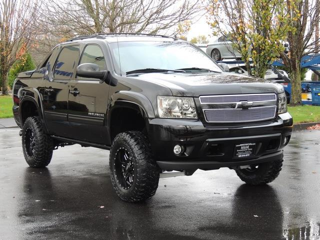 2013 chevrolet avalanche lt black diamond 4wd leather lifted lifted. Black Bedroom Furniture Sets. Home Design Ideas