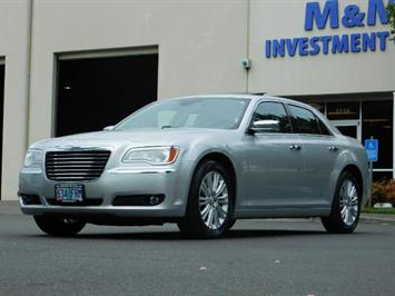2012 Chrysler 300C / AWD / NAVIGATION / ADPTIVE CRUISE / 1-OWNER Sedan