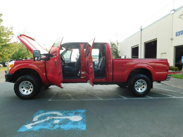2012 Ford F-250 Super Duty XLT / 4X4 / 6.7L DIESEL / LIFTED - Photo 25 - Portland, OR 97217