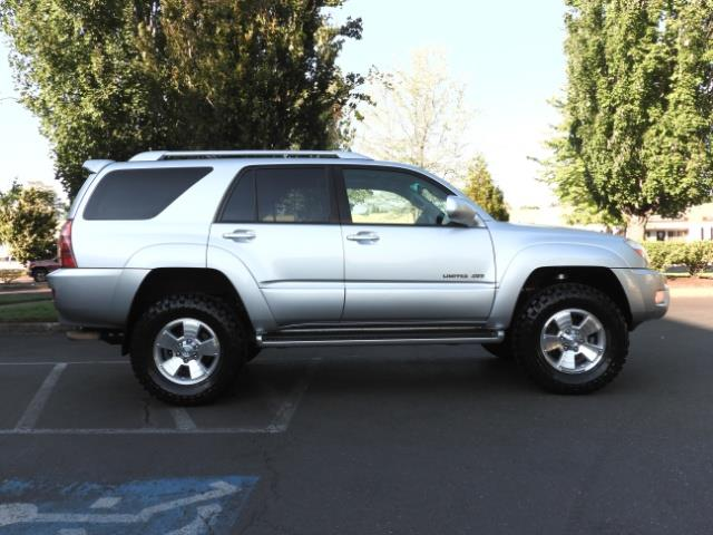 2004 Toyota 4Runner LIMITED Edition 4WD / V8 4.7L / DIFF LOCK / LIFTED - Photo 4 - Portland, OR 97217