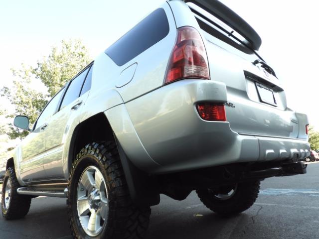 2004 Toyota 4Runner LIMITED Edition 4WD / V8 4.7L / DIFF LOCK / LIFTED - Photo 11 - Portland, OR 97217