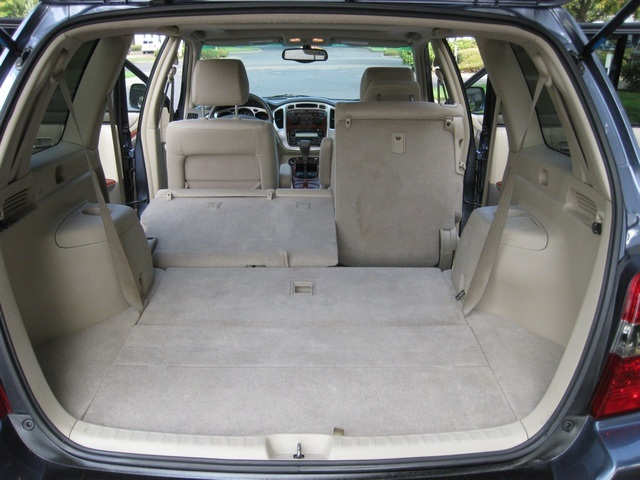 2004 toyota highlander limited awd 3rd row seat moonroof. Black Bedroom Furniture Sets. Home Design Ideas
