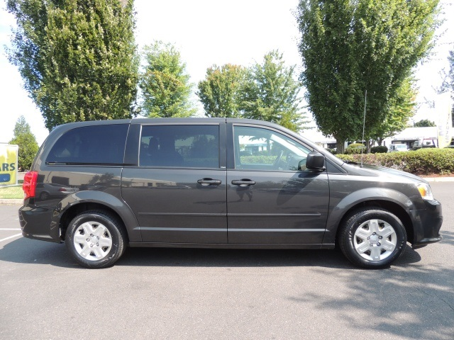 2011 dodge grand caravan express stow n go bucket seats 1 owner. Black Bedroom Furniture Sets. Home Design Ideas