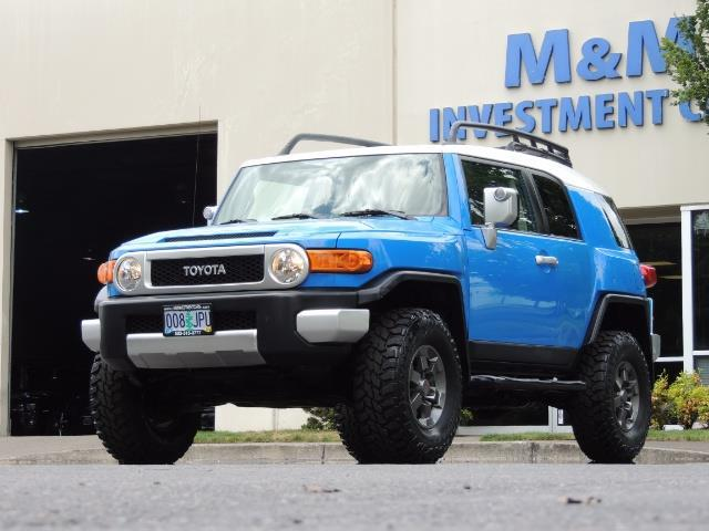 2007 Toyota FJ Cruiser 4dr SUV / 4X4 / REAR DIFF LOCKS / LIFTED LIFTED - Photo 1 - Portland, OR 97217