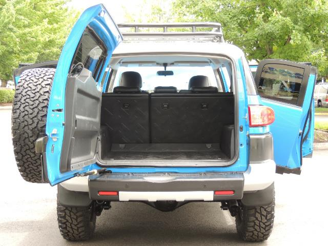 2007 Toyota FJ Cruiser 4dr SUV / 4X4 / REAR DIFF LOCKS / LIFTED LIFTED - Photo 27 - Portland, OR 97217