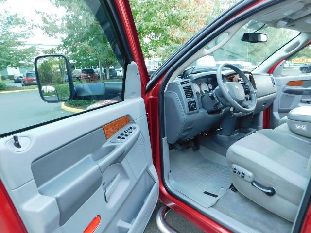 2006 Dodge Ram 2500 SLT SLT 4dr Mega Cab / 4X4 / 5.9L DIESEL CUMMINS - Photo 13 - Portland, OR 97217