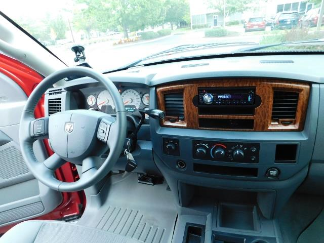 2006 Dodge Ram 2500 SLT SLT 4dr Mega Cab / 4X4 / 5.9L DIESEL CUMMINS - Photo 18 - Portland, OR 97217