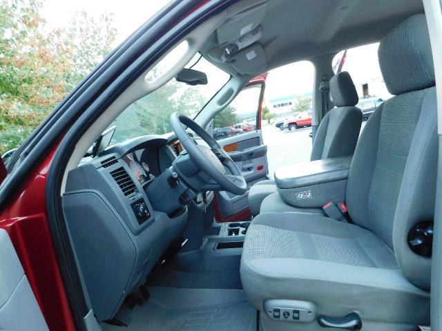 2006 Dodge Ram 2500 SLT SLT 4dr Mega Cab / 4X4 / 5.9L DIESEL CUMMINS - Photo 14 - Portland, OR 97217