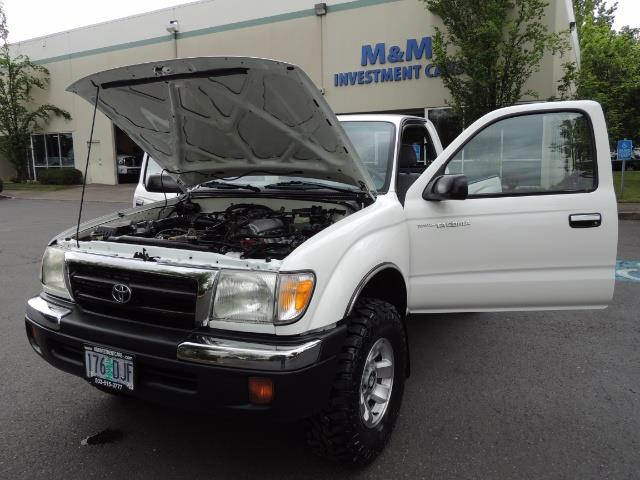 "2000 Toyota Tacoma 2dr 4WD 5Spd Manual / New 31 "" Mud Tires - Photo 25 - Portland, OR 97217"