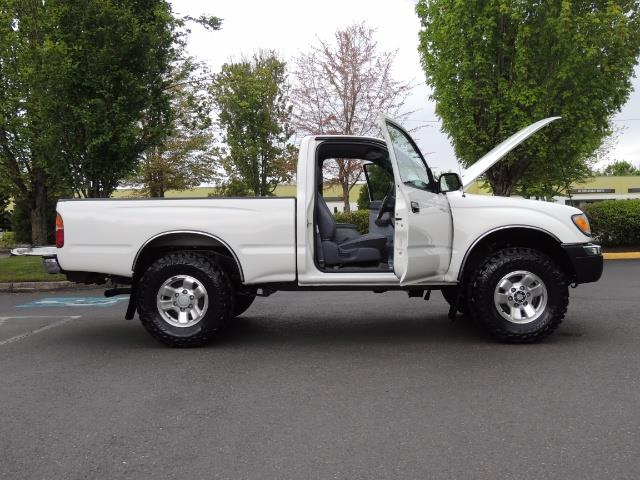 "2000 Toyota Tacoma 2dr 4WD 5Spd Manual / New 31 "" Mud Tires - Photo 10 - Portland, OR 97217"