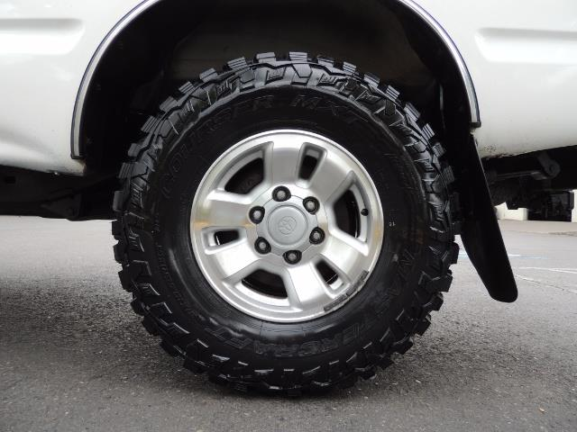 """2000 Toyota Tacoma 2dr 4WD 5Spd Manual / New 31 """" Mud Tires - Photo 30 - Portland, OR 97217"""