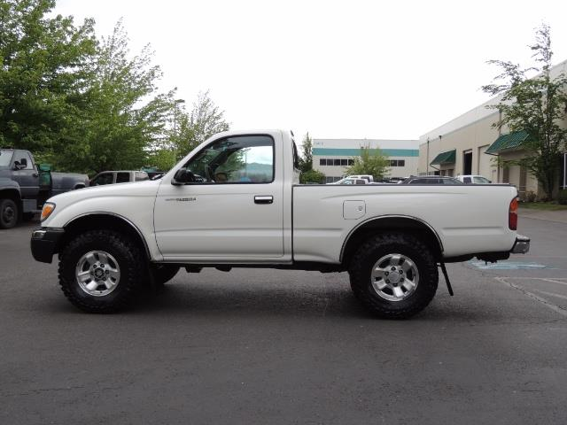 "2000 Toyota Tacoma 2dr 4WD 5Spd Manual / New 31 "" Mud Tires - Photo 4 - Portland, OR 97217"