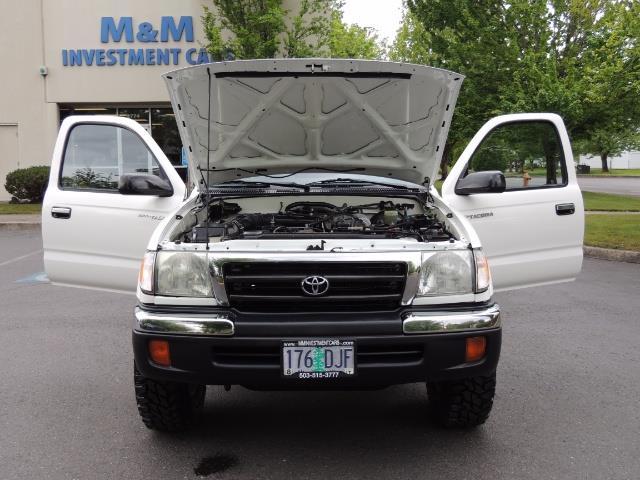 "2000 Toyota Tacoma 2dr 4WD 5Spd Manual / New 31 "" Mud Tires - Photo 29 - Portland, OR 97217"