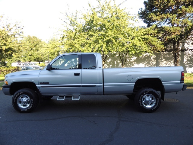 2002 dodge ram 2500 slt quad cab 4x4 5 9l diesel 6 speed. Black Bedroom Furniture Sets. Home Design Ideas