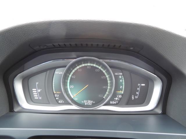 2017 Volvo V60 T5 Premier / Wagon / Navigation / Backup Camera - Photo 38 - Portland, OR 97217