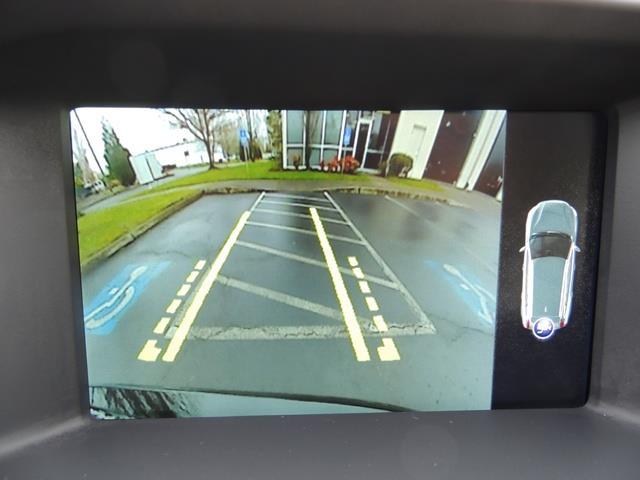 2017 Volvo V60 T5 Premier / Wagon / Navigation / Backup Camera - Photo 22 - Portland, OR 97217