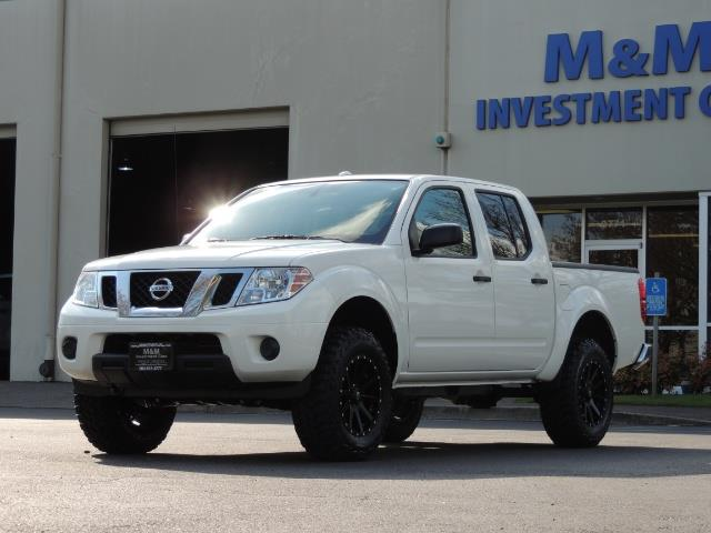 2016 Nissan Frontier SV / 4X4 / Crew Cab / 6Cyl / LIFTED LIFTED - Photo 44 - Portland, OR 97217