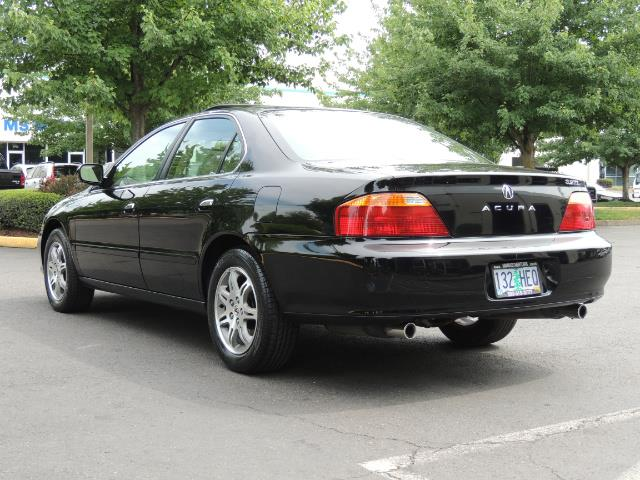 2000 Acura TL 3.2 sedan V6 Heated seats Excellent Cond - Photo 6 - Portland, OR 97217