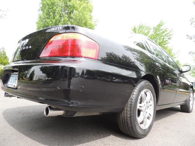 2000 Acura TL 3.2 sedan V6 Heated seats Excellent Cond - Photo 22 - Portland, OR 97217