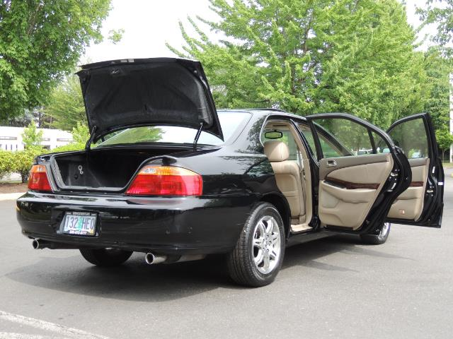 2000 Acura TL 3.2 sedan V6 Heated seats Excellent Cond - Photo 27 - Portland, OR 97217