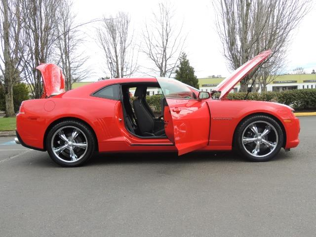 2014 Chevrolet Camaro LS / Coupe / 3.6 Liter 6Cyl / ONLY 9000 MILES - Photo 23 - Portland, OR 97217