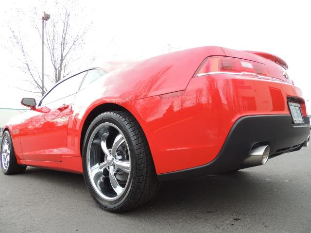 2014 Chevrolet Camaro LS / Coupe / 3.6 Liter 6Cyl / ONLY 9000 MILES - Photo 33 - Portland, OR 97217