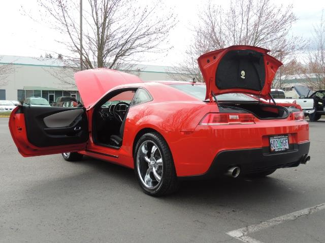 2014 Chevrolet Camaro LS / Coupe / 3.6 Liter 6Cyl / ONLY 9000 MILES - Photo 29 - Portland, OR 97217
