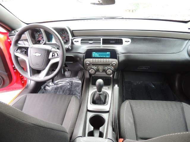 2014 Chevrolet Camaro LS / Coupe / 3.6 Liter 6Cyl / ONLY 9000 MILES - Photo 16 - Portland, OR 97217