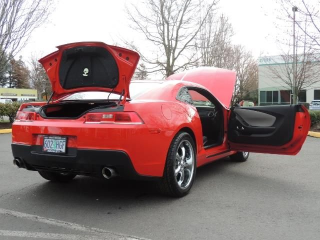 2014 Chevrolet Camaro LS / Coupe / 3.6 Liter 6Cyl / ONLY 9000 MILES - Photo 28 - Portland, OR 97217