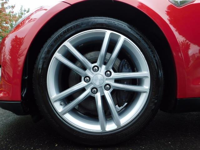 2013 Tesla Model S 85K / Leather / Tech  Pkg / Active air suspension - Photo 40 - Portland, OR 97217