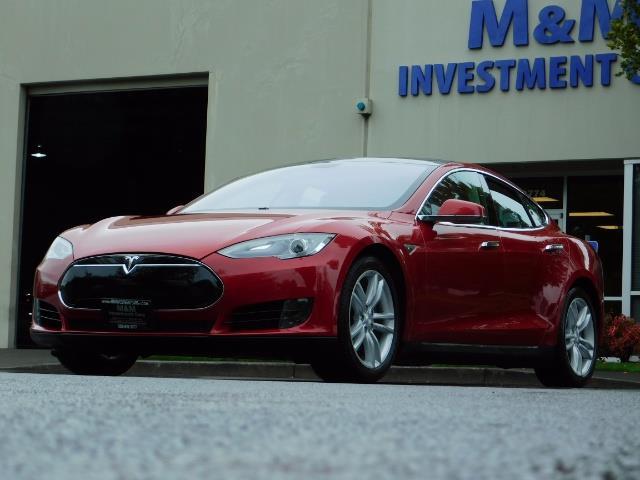 2013 Tesla Model S 85K / Leather / Tech  Pkg / Active air suspension - Photo 44 - Portland, OR 97217