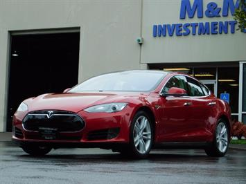 2013 Tesla Model S 85K / Leather / Tech  Pkg / Active air suspension Sedan