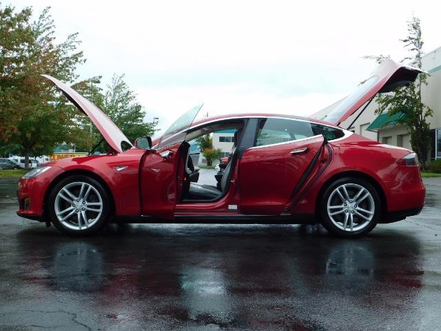 2013 Tesla Model S 85K / Leather / Tech  Pkg / Active air suspension - Photo 26 - Portland, OR 97217